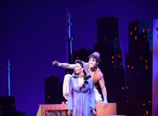 Aladdin - Courtney Reed and Adam Jacobs © Photo by Deen van Meer
