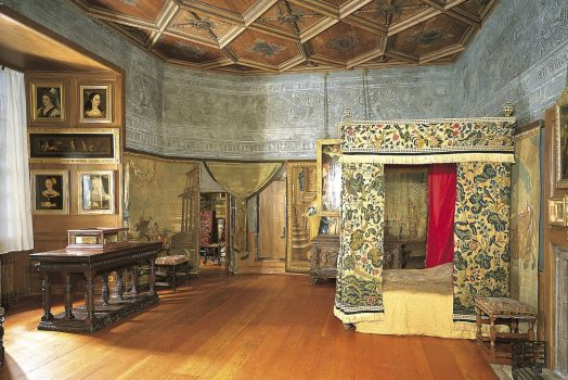 Holyrood House, Scotland - Mary, Queen of Scots Bed Chamber ©Antonia Reeve - Royal Collection Trust © Her Majesty Queen Elizabeth II 2016