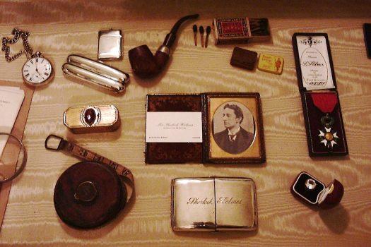 Sherlock Holmes Exhibits ©The Sherlock Holmes Museum, 221b Baker Street, London, England www.sherlock-holmes.co.uk